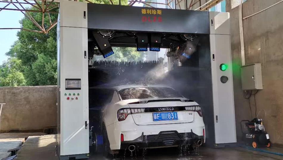 江西抚州中黎石化加油站安装德利珍斯龙门洗车机