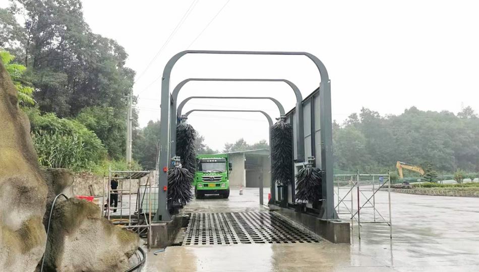 湖北宜昌长阳砂石集并中心安装货车洗车机